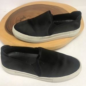 J/Slides Satin Lace Free Sneakers